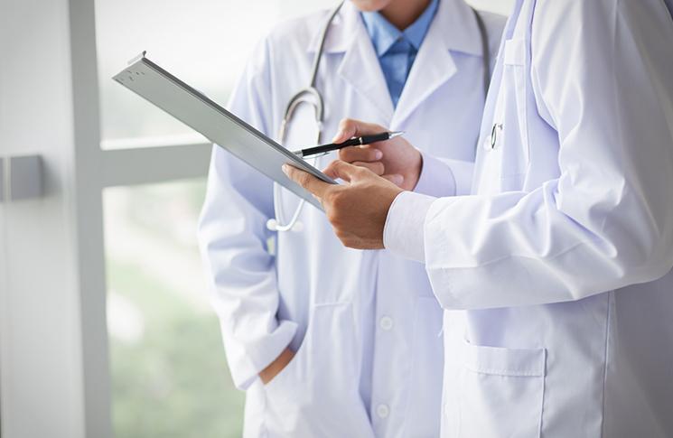 Türkiye'de Bin Kişiye Bir Doktor Düşüyor