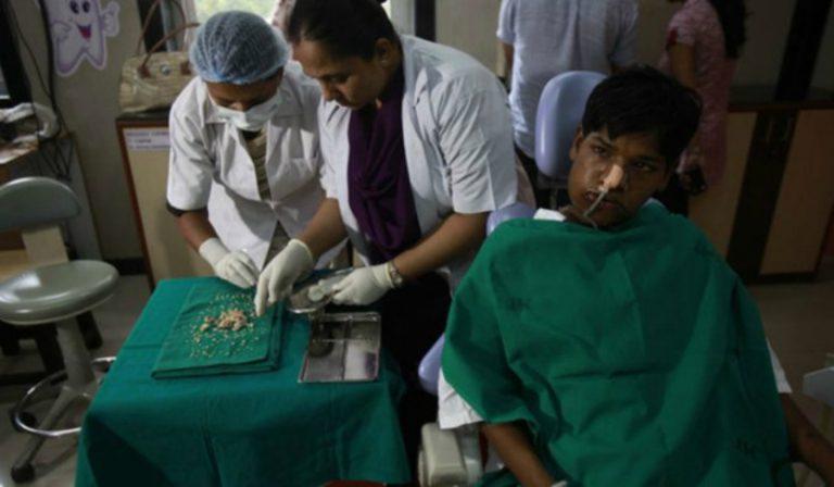 Tıp Tarihinde İlginç Bir Olay: 232 Diş Çektirdi!